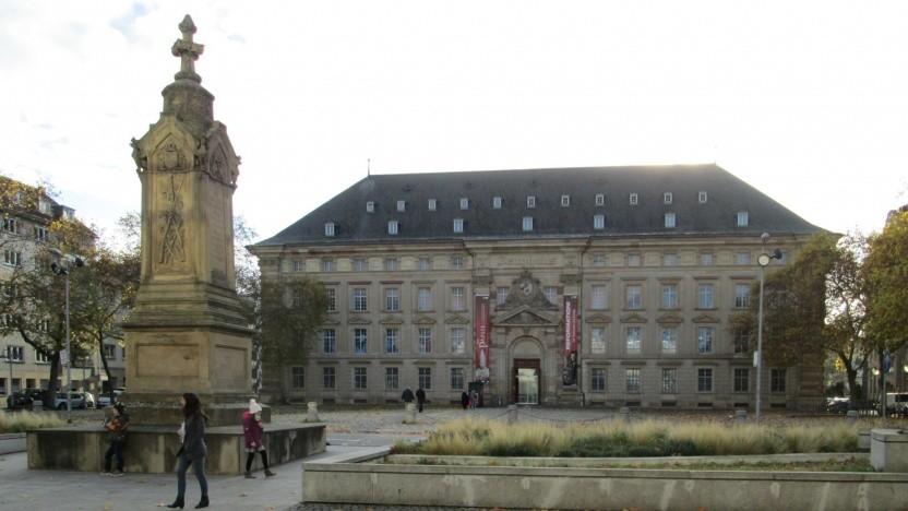 Das Zeughaus in Mannheim, Sitz der Reiss-Engelhorn-Museen (Symbolbild): Piktogramme weisen auf das Fotografierverbot hin.