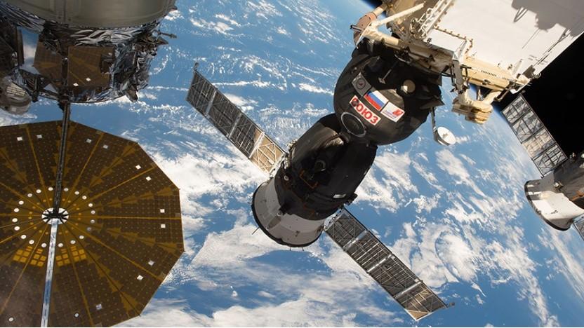 """Russischer Kosmonaut zum Leck an der Sojus-Raumkapsel: """"Wir haben sehr gut zusammengearbeitet, um aus dieser Notsituation herauszukommen"""""""