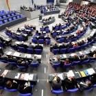 Deutscher Bundestag: Persönliche Daten Hunderter Politiker offen im Netz
