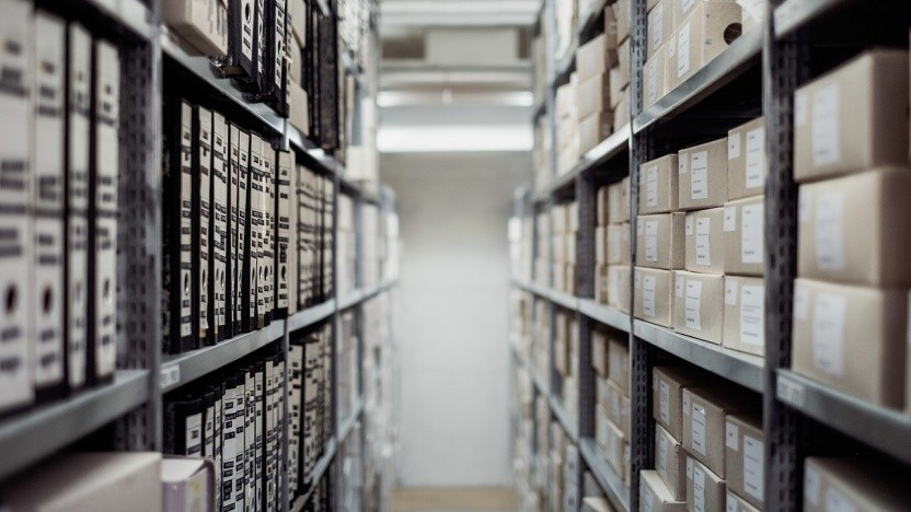 Gnu Tar archiviert Dateien jetzt auch zstd-komprimiert.