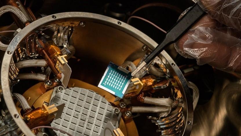 Halbleiter aus organischem Material: Leichte Materialien sind wichtig für Luft- und Raumfahrt.