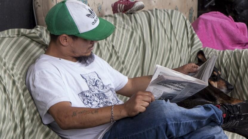 Ein Zeitungsleser (Symboldbild).