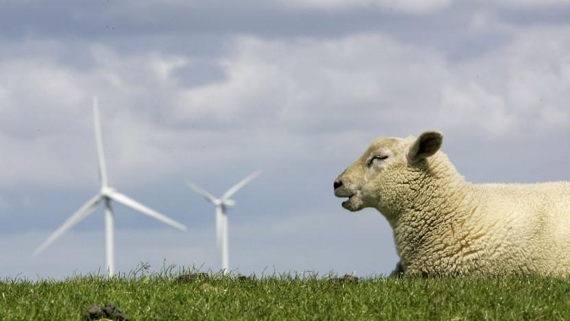 Windkraftanlage in Norddeutschland: Die Energiewende ist nicht nur eine Stromwende.