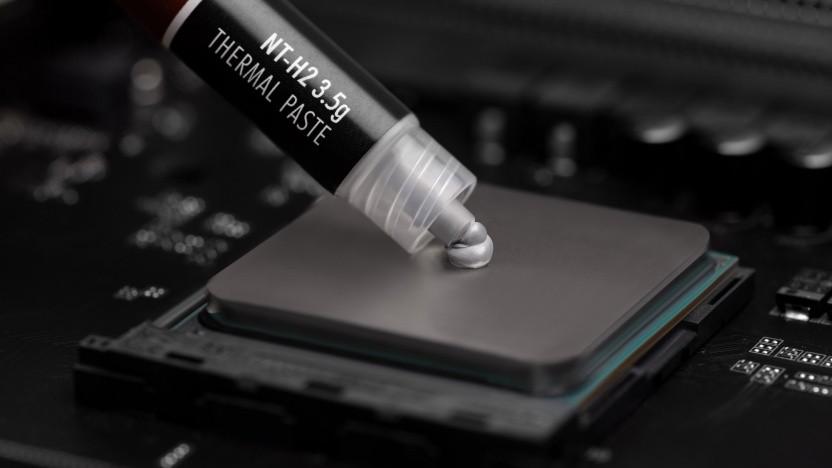 NT-H2 wird auf eine CPU aufgetragen.