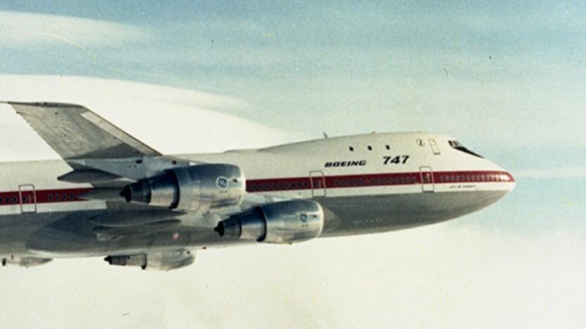 Die ersten 747-Passagiermaschinen hatten noch einen kurzen Buckel.