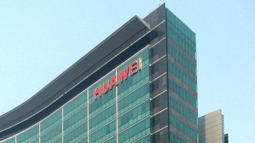 Ist die Veröffentlichung von Quellcode eine Möglichkeit, Vertrauen in die Hardware von Huawei herzustellen? Die FSFE fordert das.