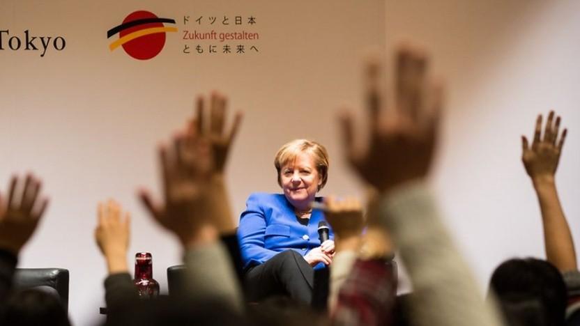 Bundeskanzlerin Merkel beantwortet Fragen von Studenten in Japan