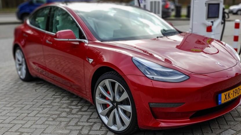 Lärmschutz-Tempolimits gelten auch für Elektroautos.