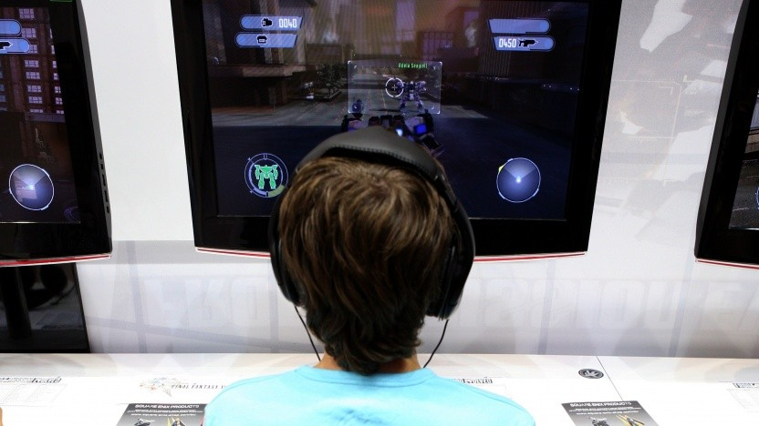 Junger Computerspieler auf der Gamescom in Köln