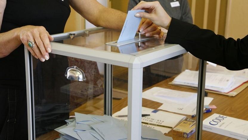 """Die innovative Technologie """"Stift und Papier"""" ist eine der sichersten Methoden, um Wahlen durchzuführen."""
