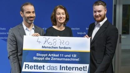 uploadfilter-fast-5-millionen-unterschriften-gegen-urheberrechtsreform