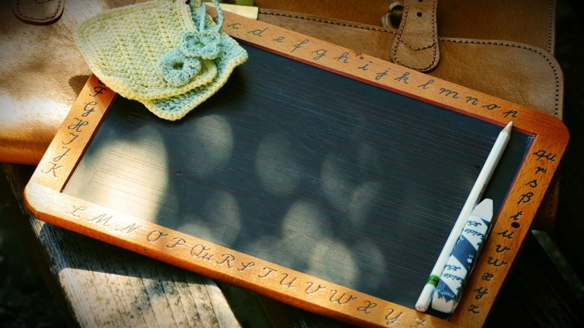 Die Tafel wird vielleicht bald durch Tablet und Whiteboard ersetzt.