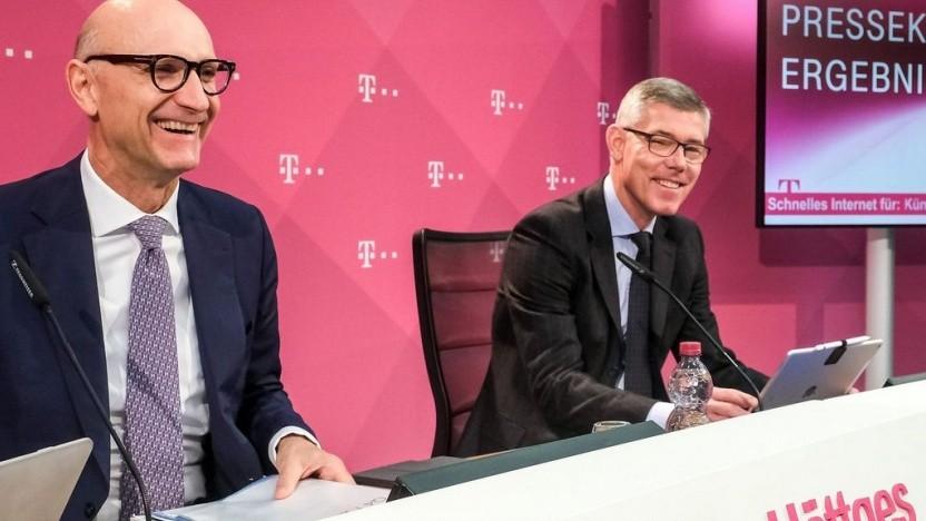 Telekom-Chef Tim Höttges (l.) und Finanzchef Christian P. Illek bei der Vorstellung des Quartalsberichts.