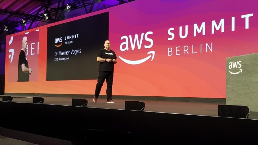Der Technikchef von Amazon, Werner Vogels, auf dem AWS Summit in Berlin.