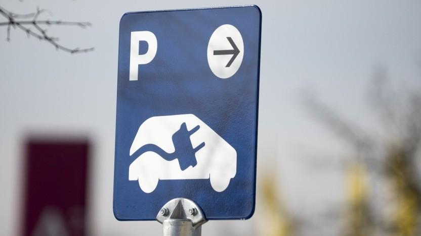 Bei Ikea Deutschland ist kostenloses Aufladen von Elektrofahrzeugen möglich.