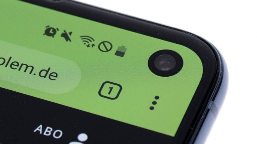 Das Galaxy S10 und Galaxy S10e verwenden eine einzelne Frontkamera für die Gesichtserkennung.