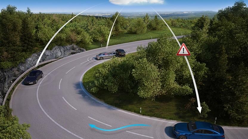 Autos sollen sich künftig gegenseitig vor Gefahren warnen.