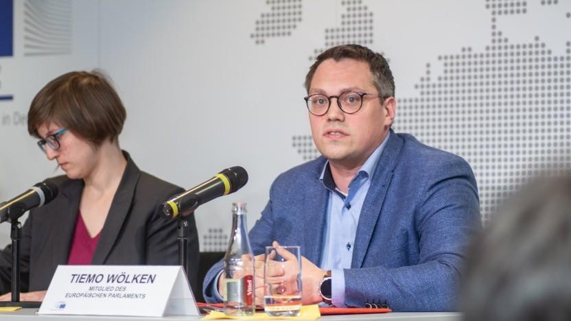 Der SPD-Abgeordnete Tiemo Wölken und die Piratenpolitikerin Julia Reda diskutierten über Uploadfilter.
