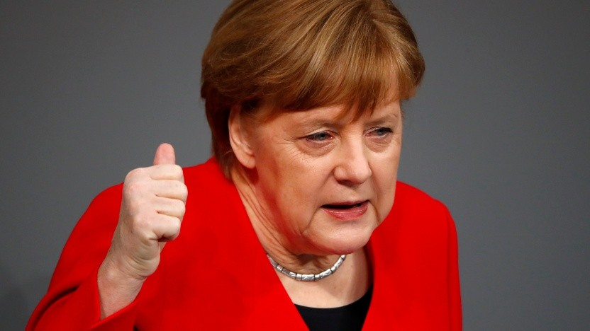Bundeskanzlerin Merkel verteidigt den Kompromiss zu den Uploadfiltern.