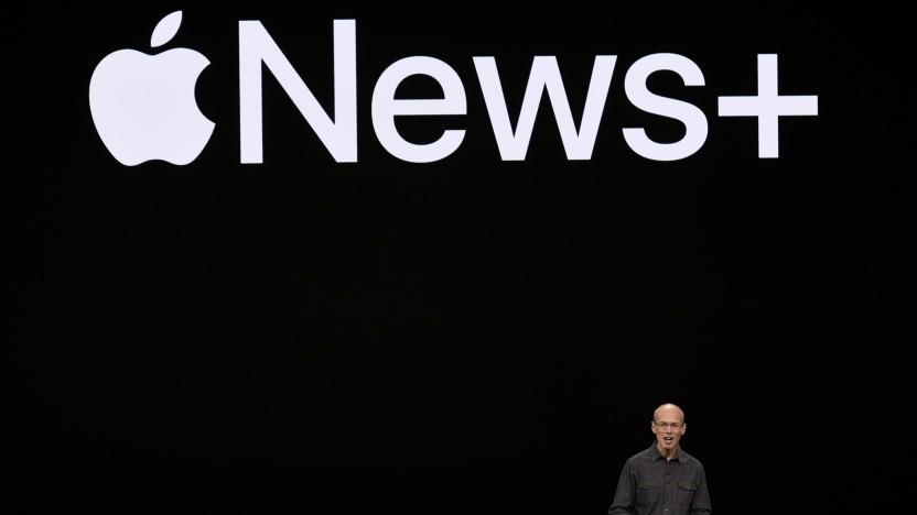 Apple bewirbt seinen neuen Dienst News+ mit Push-Mitteilungen.