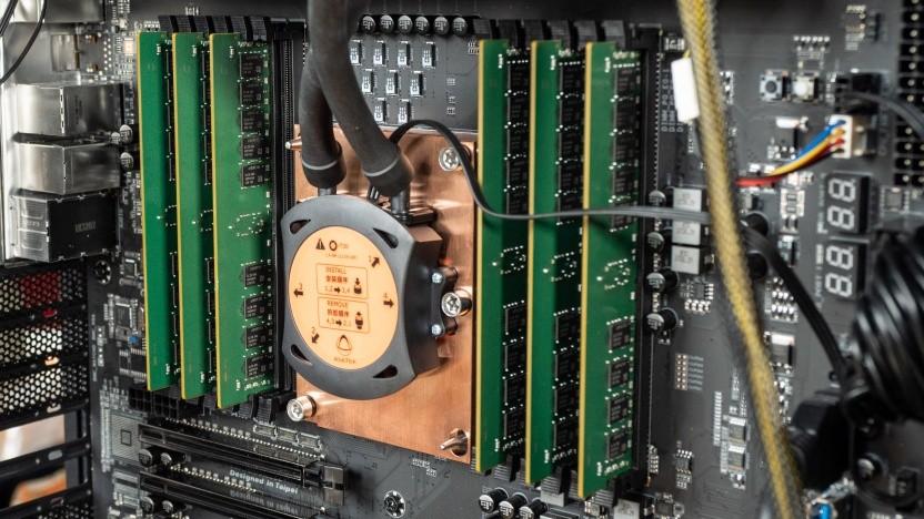 Gigabytes A1X-C621 mit Xeon W-3175X und 48 GByte DDR4-Speicher