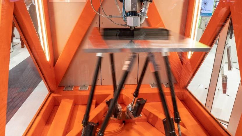 3D-Drucker Seam im Einsatz: Der Boden vibriert.
