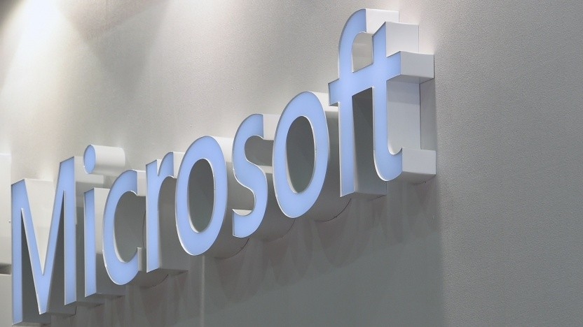 Microsoft plant eigene Bluetooth-Hörstöpsel.