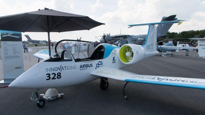 """Elektroflugzeug E-Fan von Airbus: """"Wir werden die Maschinen schrittweise vergrößern."""""""