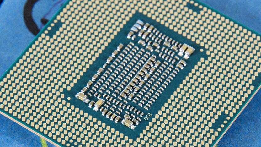 Unterseite eines LGA-1151-v2-Chips