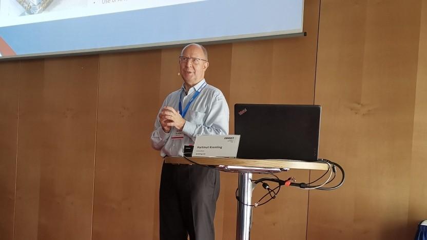 Hartmut Kremling spricht auf der ConnectEC