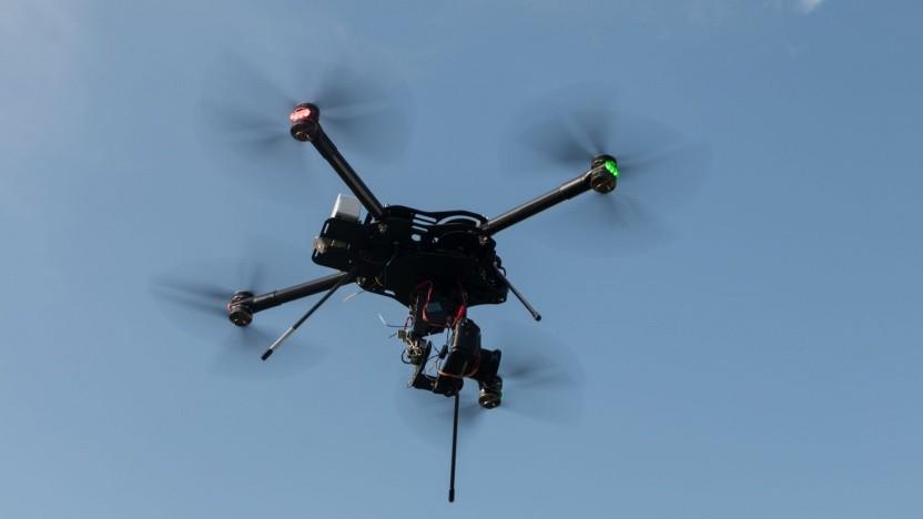 Oktocopter im Einsatz (Symbolbild): Langstreckenflüge für kommerzielle Flüge sind genehmigungsfähig.
