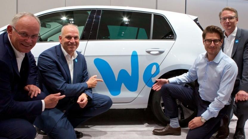 V. l. n. r.: Michael Jost, Leiter Strategie Volkswagen, Jürgen Stackmann, Vertriebsvorstand  Volkswagen, Philipp Reth, CEO UMI Urban Mobility, Christoph Hartung, Leiter Mobility Services Volkswagen
