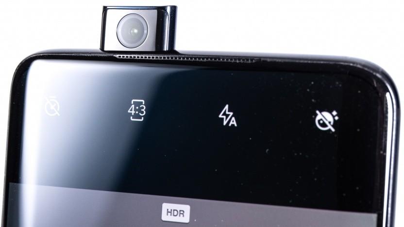 Das Oneplus 7 Pro hat eine ausfahrbare Frontkamera.