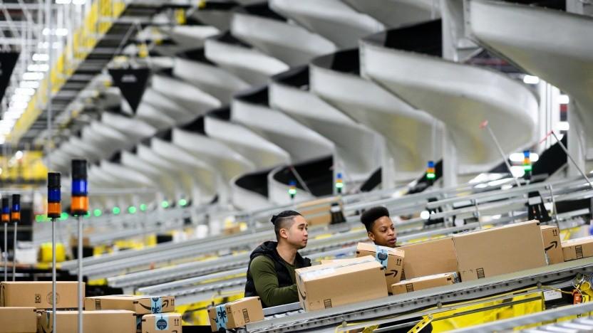 Versandzentrum von Amazon bei New York