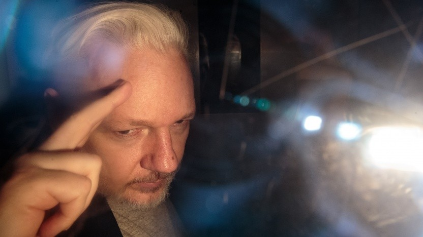 Der Wikileaks-Gründer Assange am 2. Mai auf dem Weg zu einem britischen Gericht.