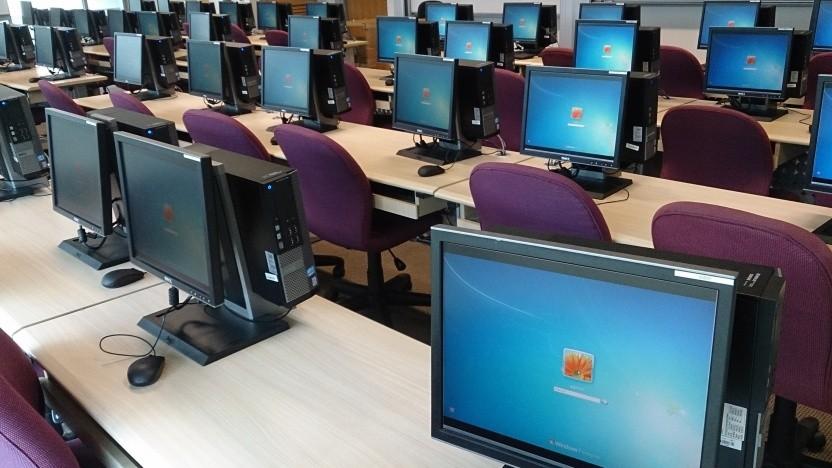 Eine Million noch ungepatcht: Die Bluekeep-Sicherheitslücke könnte zu Massenangriffen auf Windows-Rechner führen.