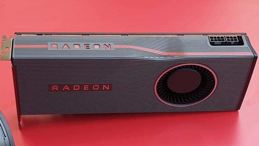 AMDs Radeon RX 5700 XT - zu erkennen an der Einkerbung im Chassis.