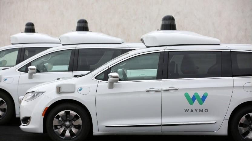 Waymo will mit selbstfahrenden Taxis den Verkehr revolutionieren.