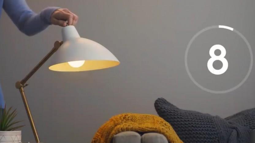 Eine Lampe auf dem Weg zum Werkszustand.