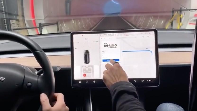 Fahrt im Model 3 durch den Tesla-Tunnel