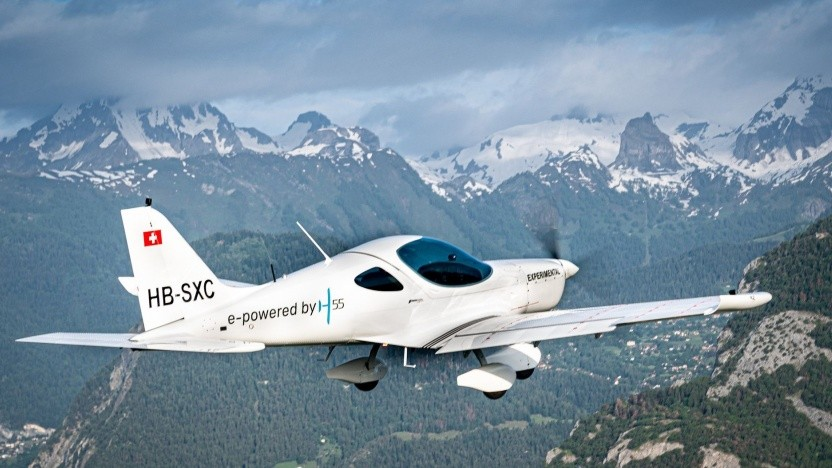 Elektroflugzeug Bristell Energic: Know-how von Solar Impulse