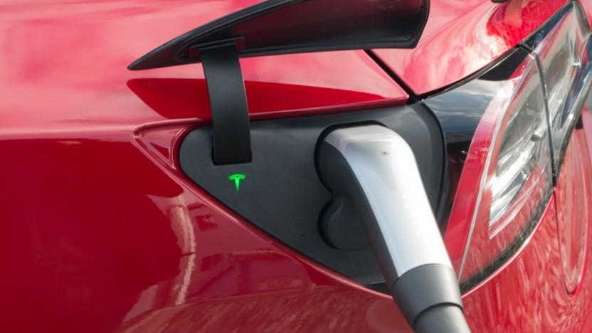 Das Aufladen von Elektroautos soll einfacher werden.