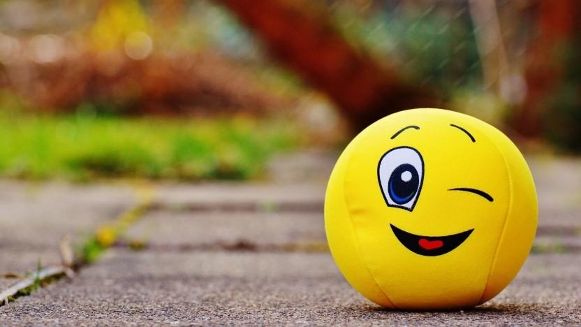 Wahltweets mit Zwinker-Smiley müssen auf Twitter erlaubt sein.