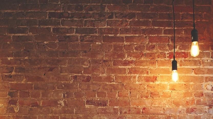 """Mit Silex können auch schlecht gesicherte, smarte Lampen zerstört werden - das wird auch """"Bricken"""" genannt."""