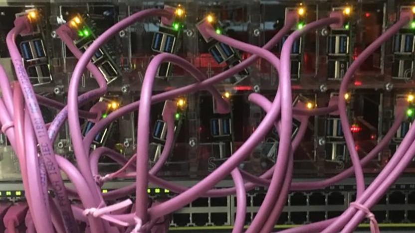 Die Raspberry Pis werden direkt am Poe-Switch betrieben.