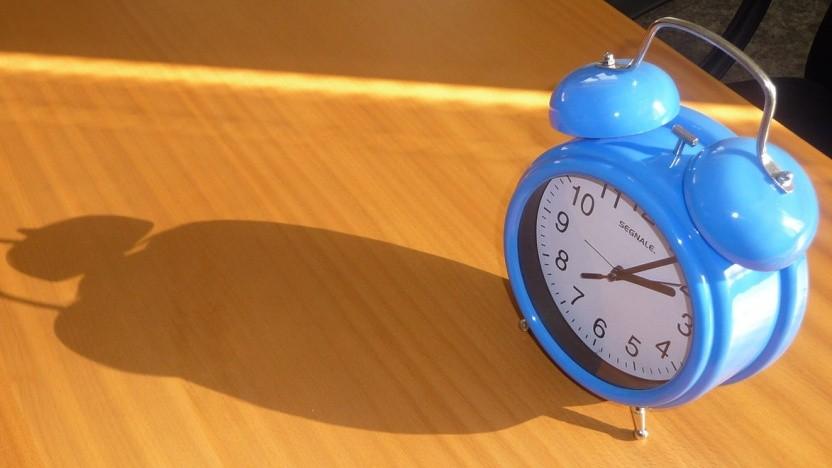 Dass mit dem Internet verbundene Geräte eine Uhrzeit haben, ist fast selbstverständlich, aber stimmt diese auch?