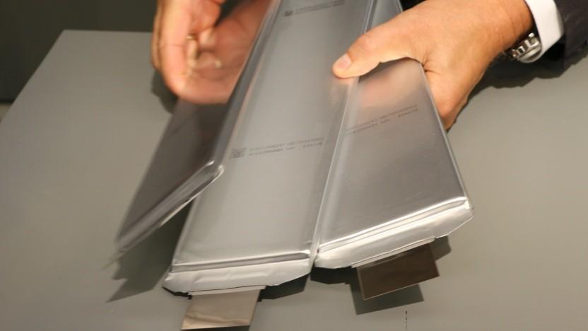 Batteriezellen sollen künftig auch in Deutschland entwickelt und hergestellt werden.