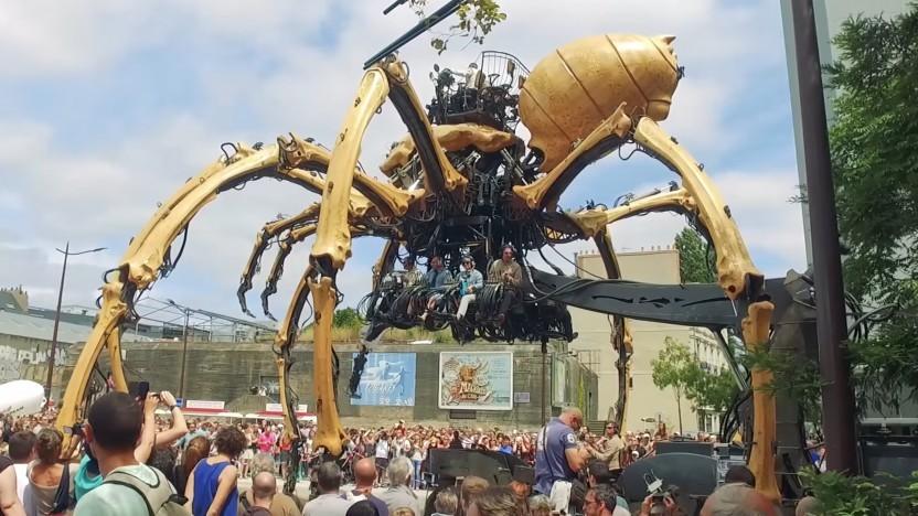 Animatronics wie diese Spinne sind auf den Maker Faires zu sehen.