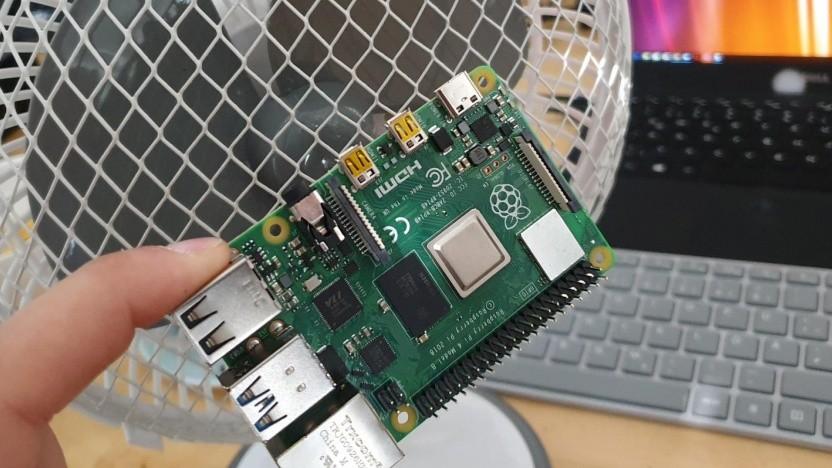 Der Raspberry Pi 4 braucht anscheinend einen Lüfter.