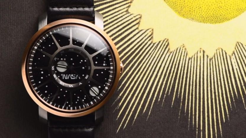 Die Uhr soll an die ISS erinnern.
